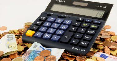 Quels sont les frais annexes dus par l'acquéreur à l'acte de vente