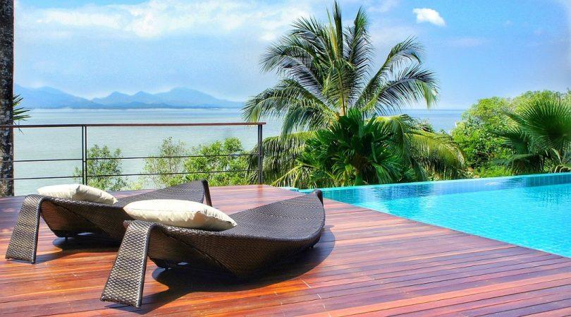 comment r veiller et entretenir sa piscine le blog de l 39 habitat durable. Black Bedroom Furniture Sets. Home Design Ideas