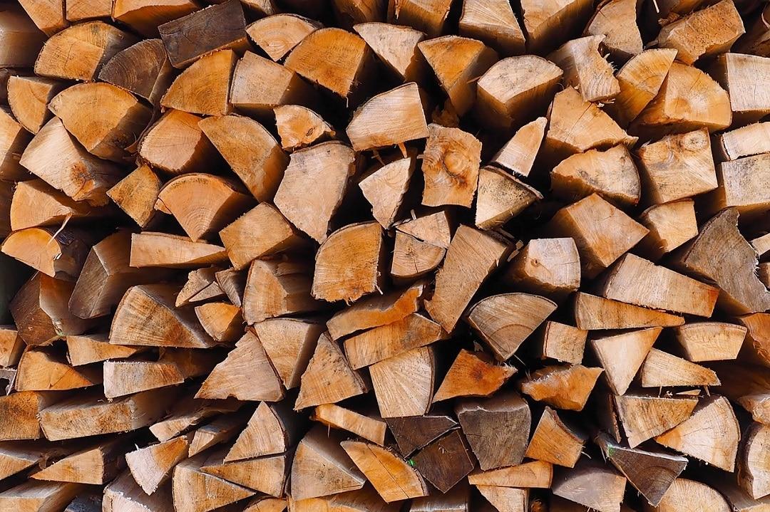 Conseils pour bien choisir son bois de chauffage le blog for Antorchas para jardin combustible