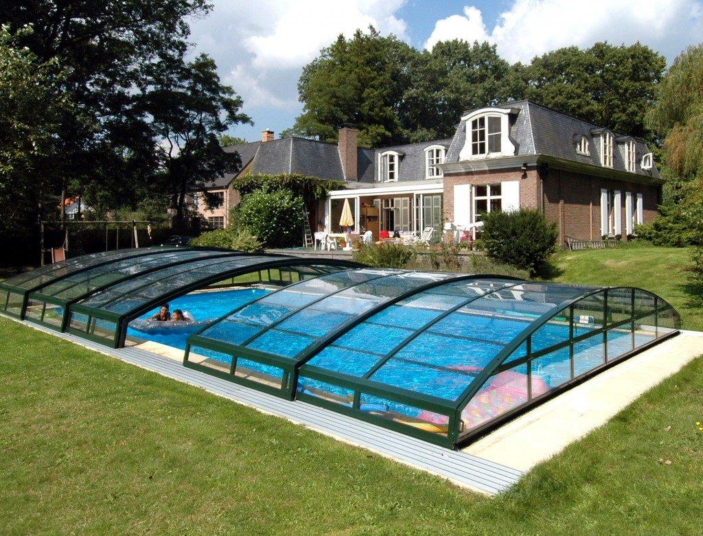 abri de piscine bas