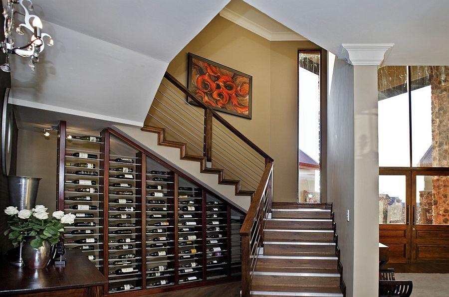cave a vin sous escalier