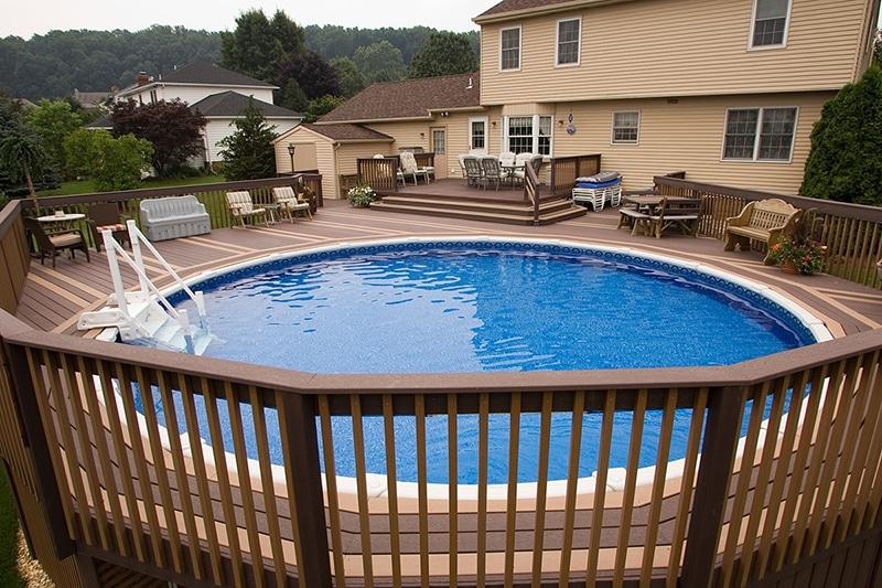 Quel habillage pour d corer une piscine hors sol - Piscine hors sol habillage bois ...