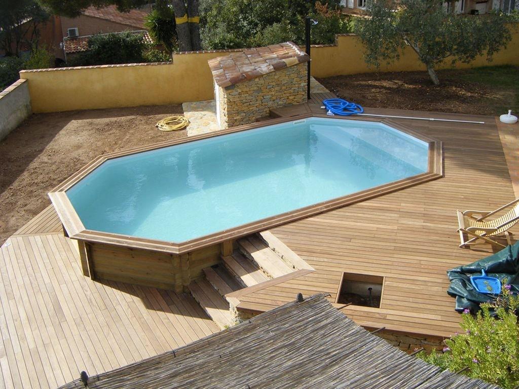terrasse-en bois-piscine-hors-sol