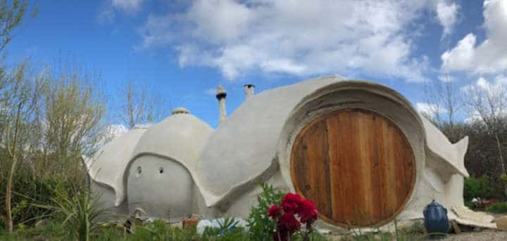 Maison de hobbit en Bretagne - Kerterre 2
