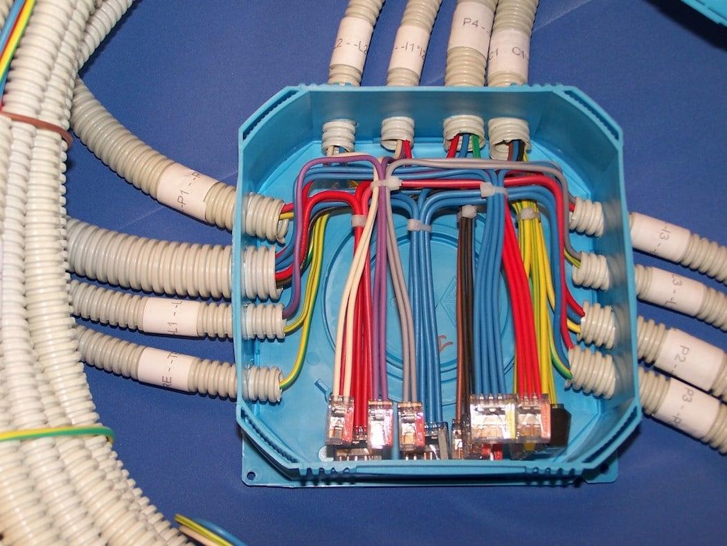 Renovation Electrique Soi Meme tout savoir sur la pieuvre électrique : avantages, installation