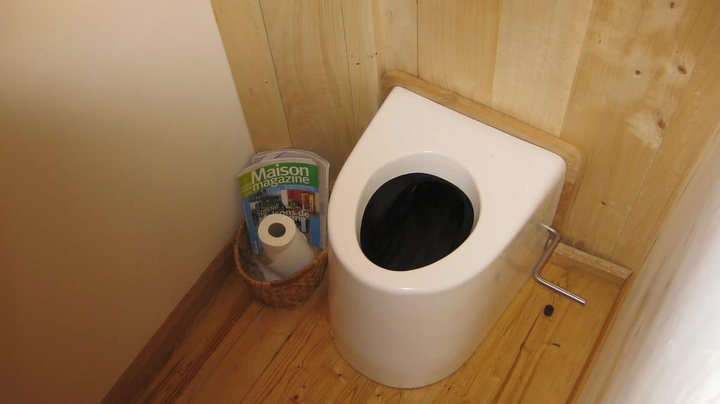 installation toilettes sèches