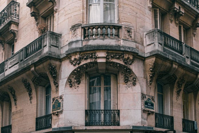 Le ravalement de façade d'immeuble en copropriété