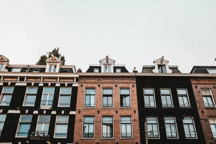 Comment régler les différends entre propriétaires d'un même immeuble ?