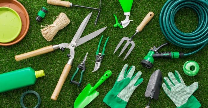Quels sont les meilleurs équipements pour jardiner ?