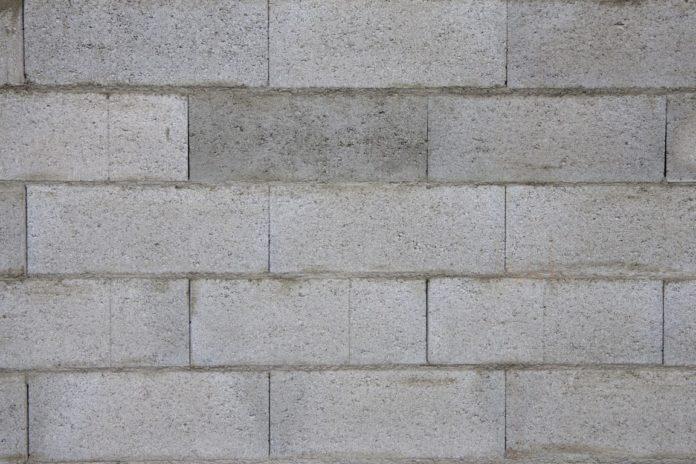 isoler un mur en parpaing