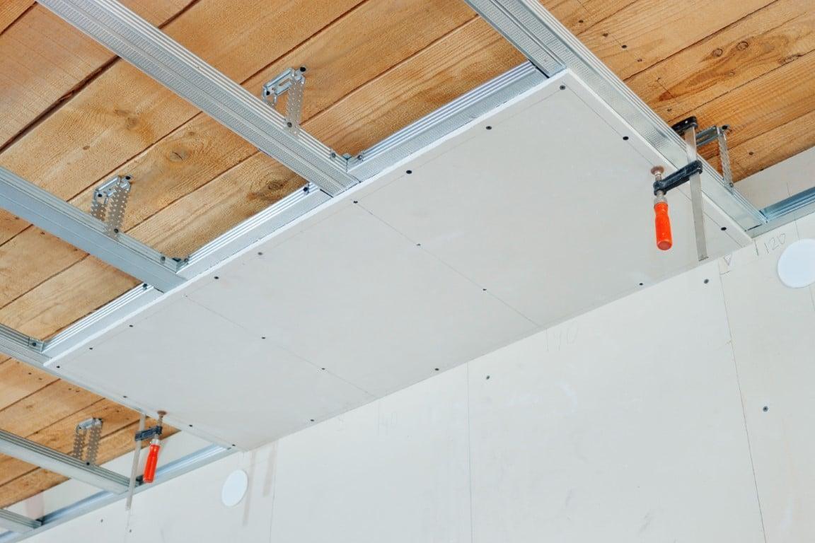 faux plafond pour insonoriser une pièce