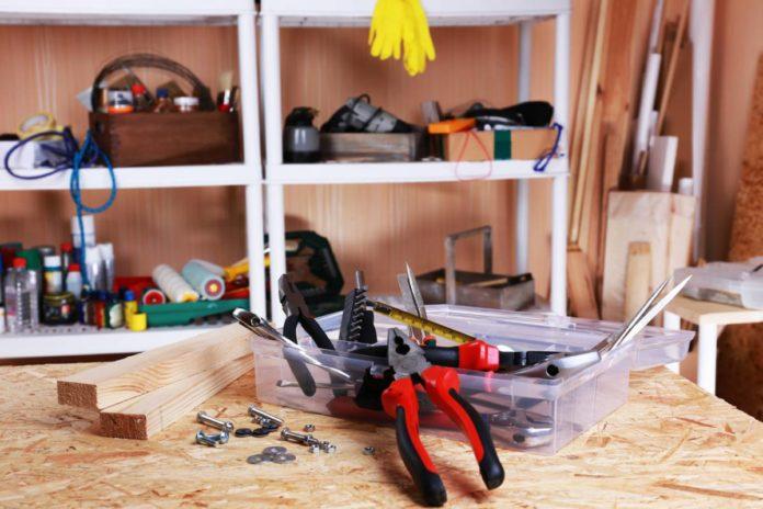 Les outils pour l'entretien du jardin et de la maison
