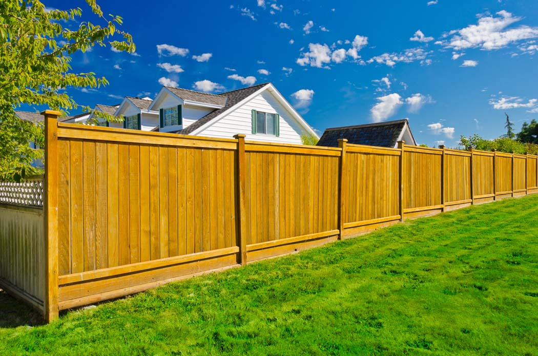 Aménagement extérieur en bois : la solution écologique ?