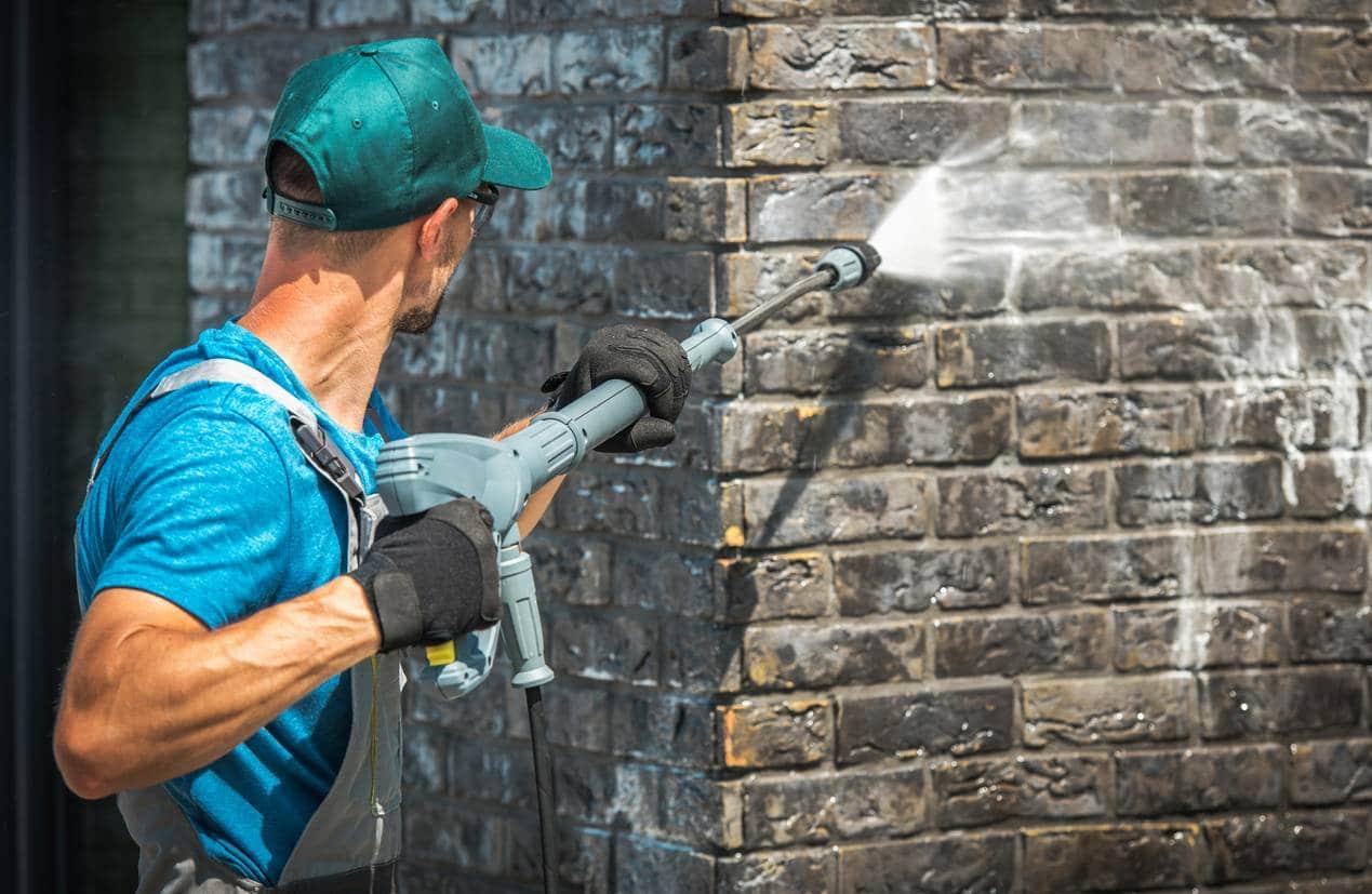 4 éléments extérieurs à entretenir avec un nettoyeur haute pression